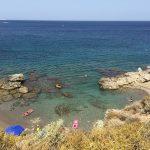 Kieselstrand am Kresten Palace auf Rhodos. Dieser Strand eignet sich hervorragend zum Schnorcheln.